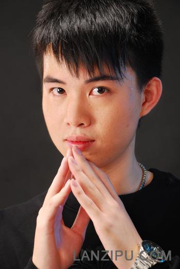 广州新闻电台 曾子杰照片