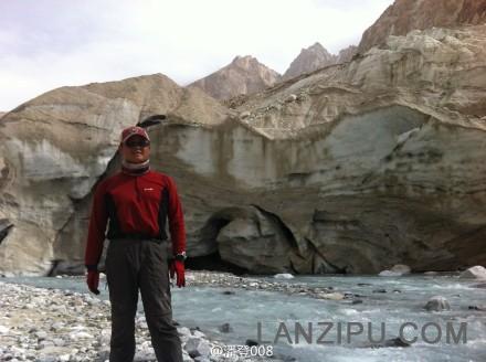 新疆交通广播 潘登照片